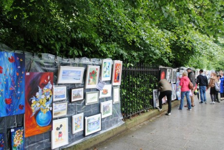 Merrion Square Art Market. Discover the best places to shop in Dublin, Ireland.